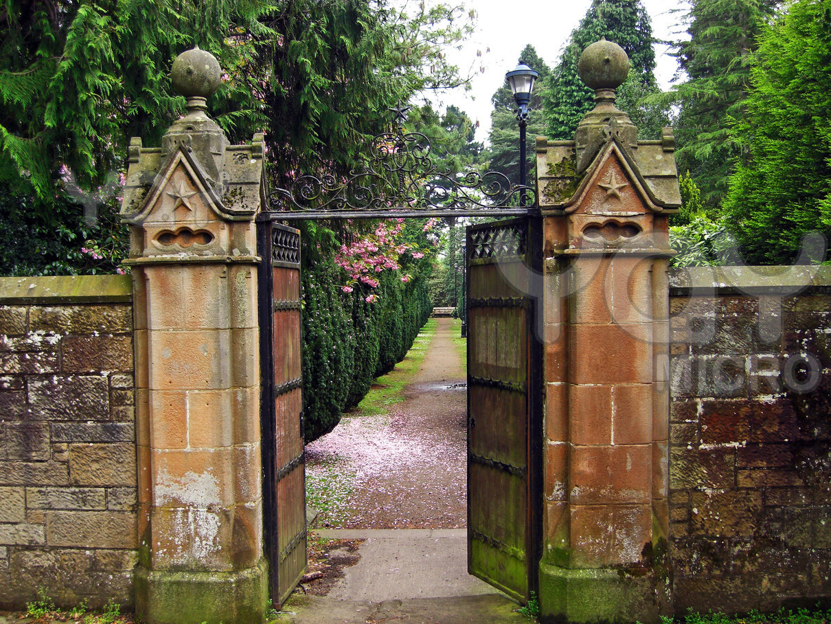 Old Garden Gates Designs